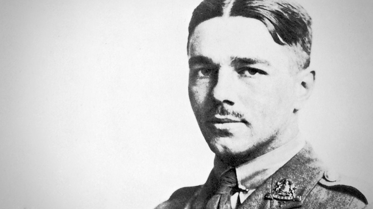 anger at war wilfred owen The ugliness of war in wilfred owen's dulce et decorum est essays 1099 words | 5 pages the ugliness of war in wilfred owen's dulce et decorum est wilfred owen's dulce et decorum est is seen as a strong expression of the ugliness of war, and an attack on the idea of war being glorious (kerr 48.